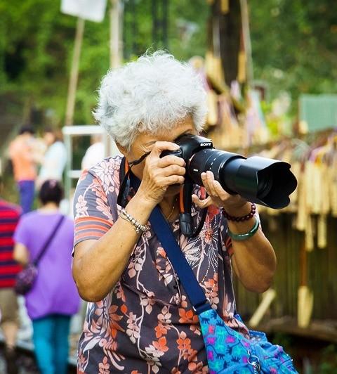 grandma-824867_1280